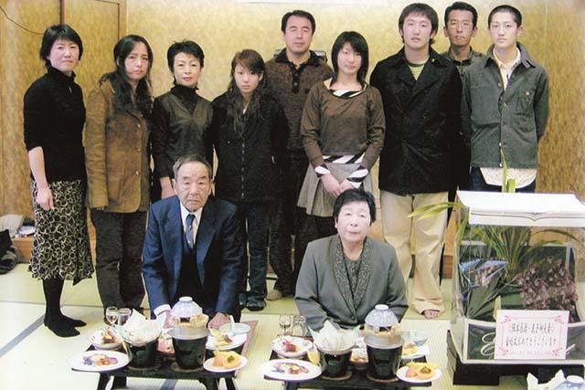 阪本辰治様家族写真